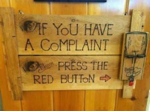 Best way to take complaints / La mejor manera de aceptar quejas